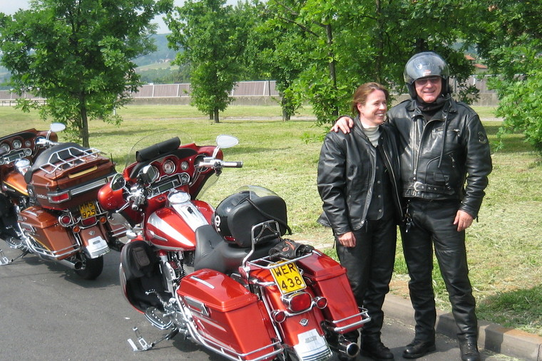 Thumb my cvo 2008 with the cvo 2008 of my wife